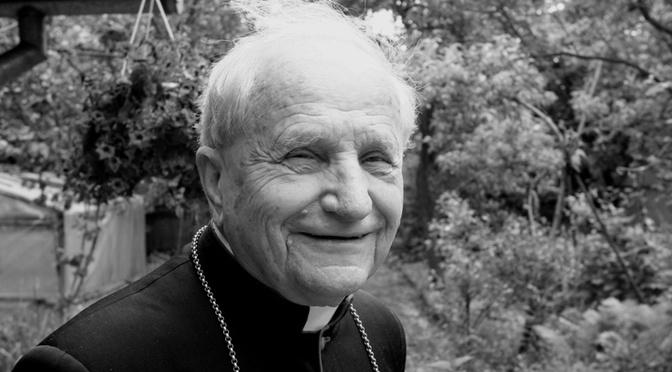 In catene per Gesù. Il diario di prigionia del cardinale Swiatek