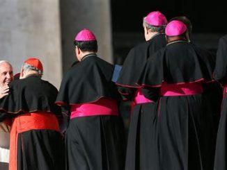 Cei - Vescovi italiani: in Italia violata la libertà di culto